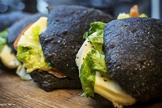 Panini al carbone vegetale