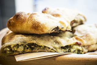 Fagottini broccoli e salsiccia